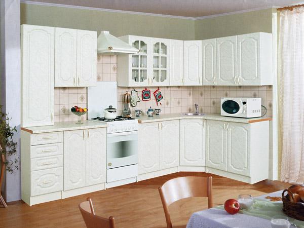 Угловая мебель в кухне