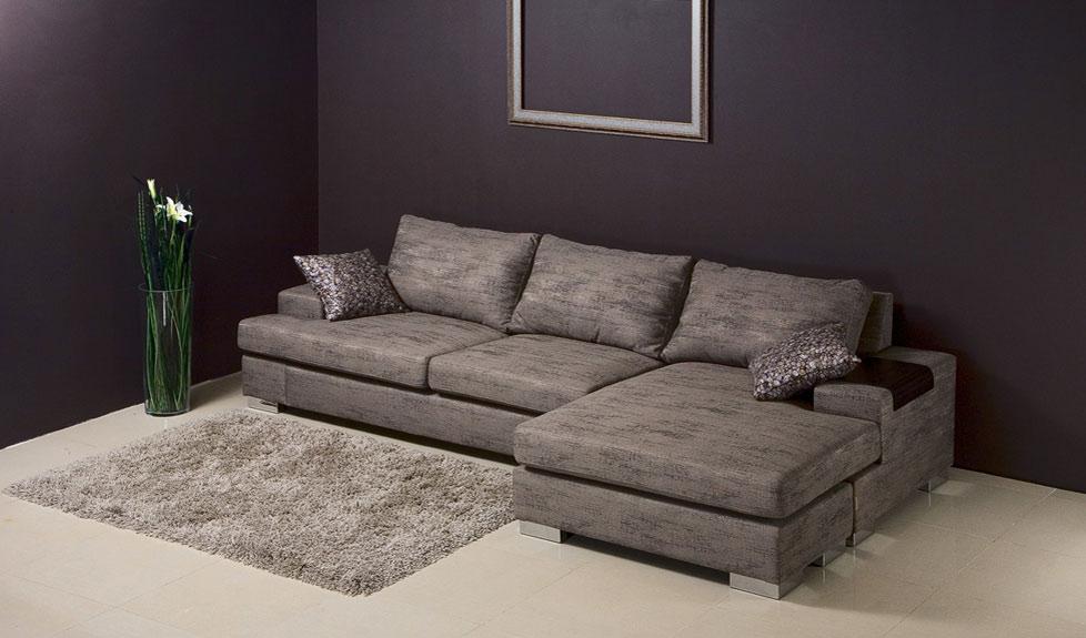 Угловой диван хай-тек
