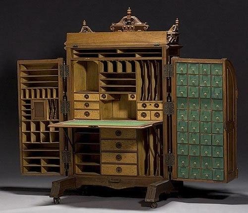 Варианты дорогой состаренной мебели