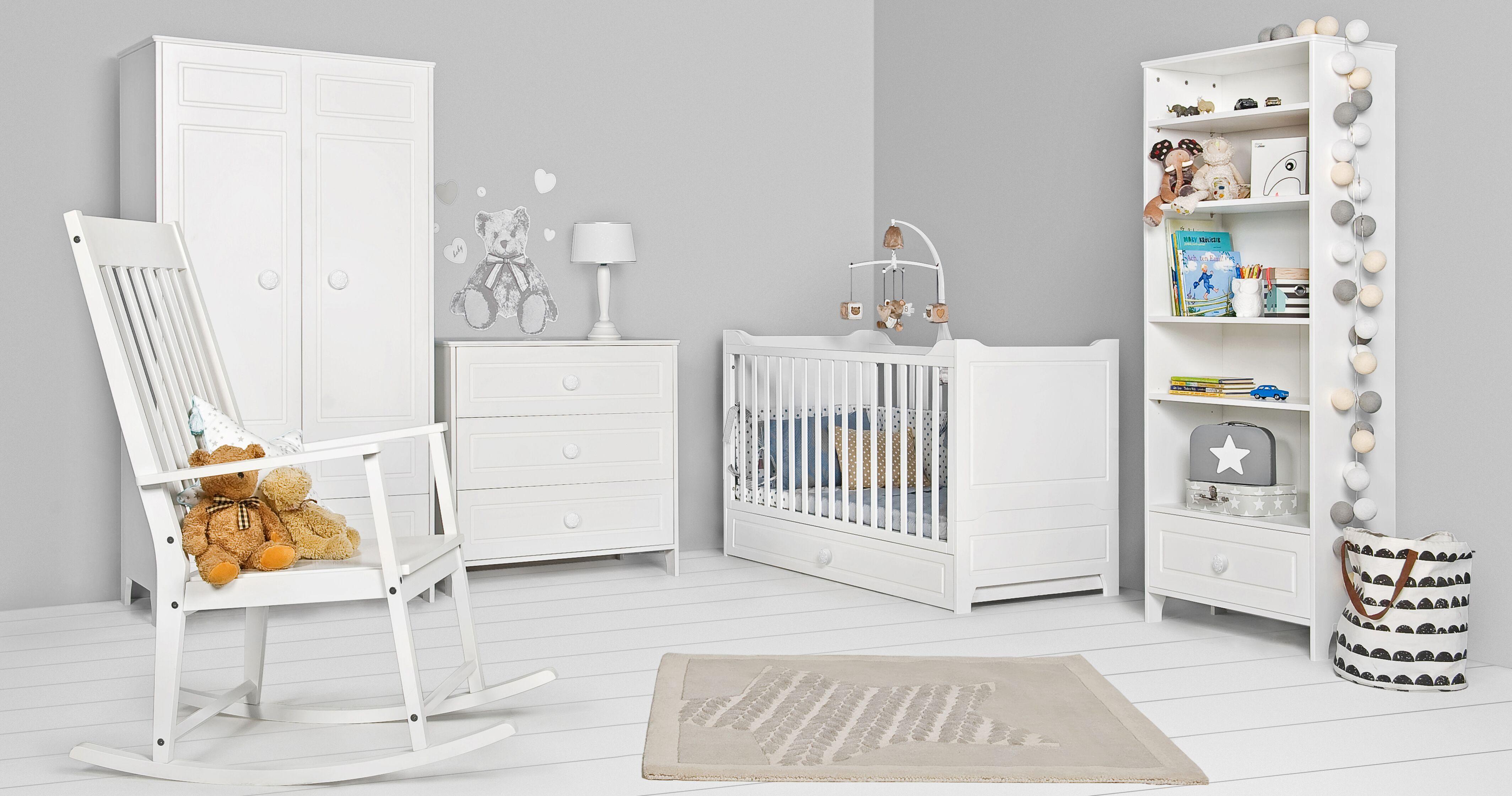 Белоснежная красивая белая мебель