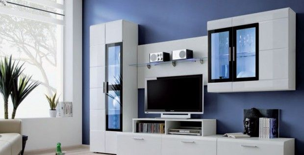 Белые шкафчики с черными элементами