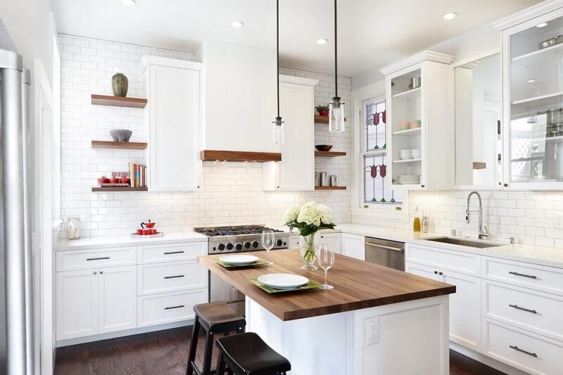 Белые цвета на кухне