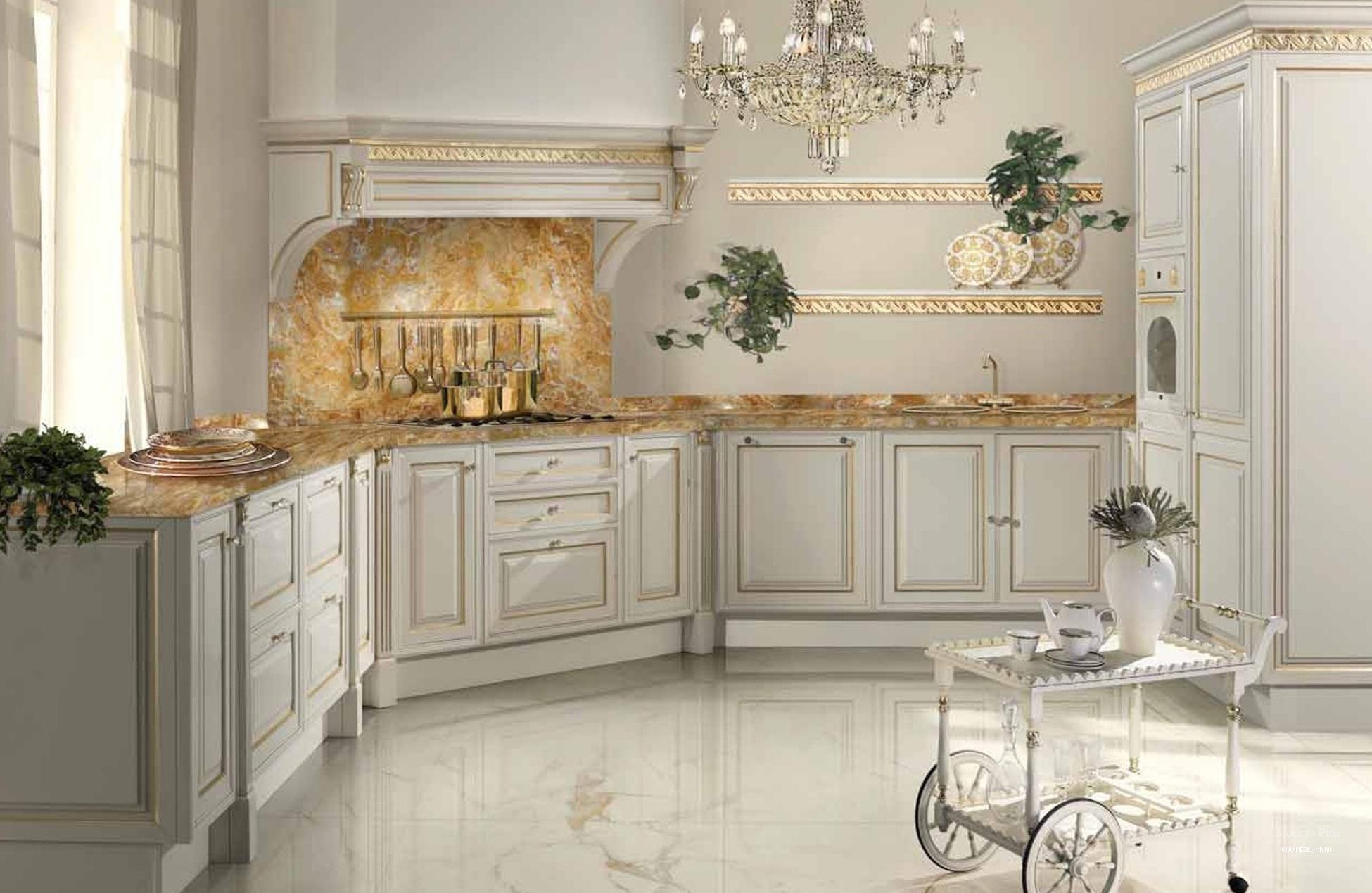 Белый кухонный гаритур из клена
