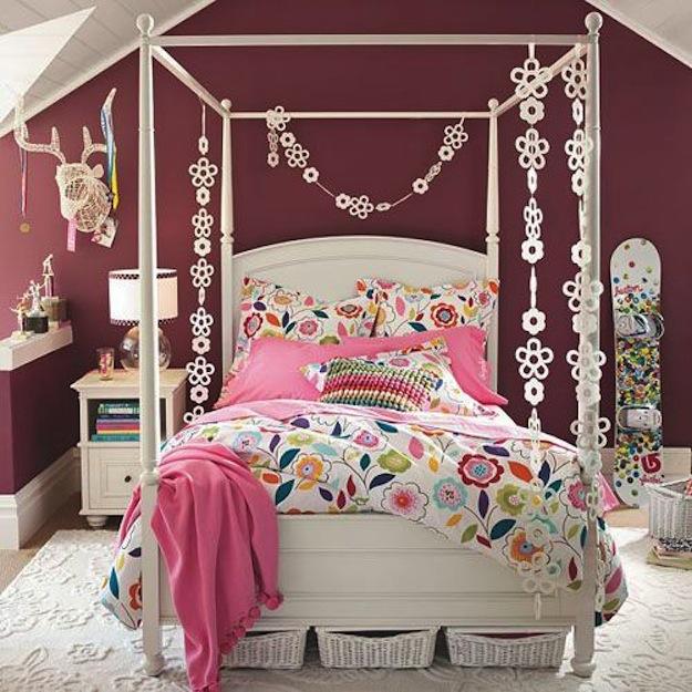 Большая мягкая кровать