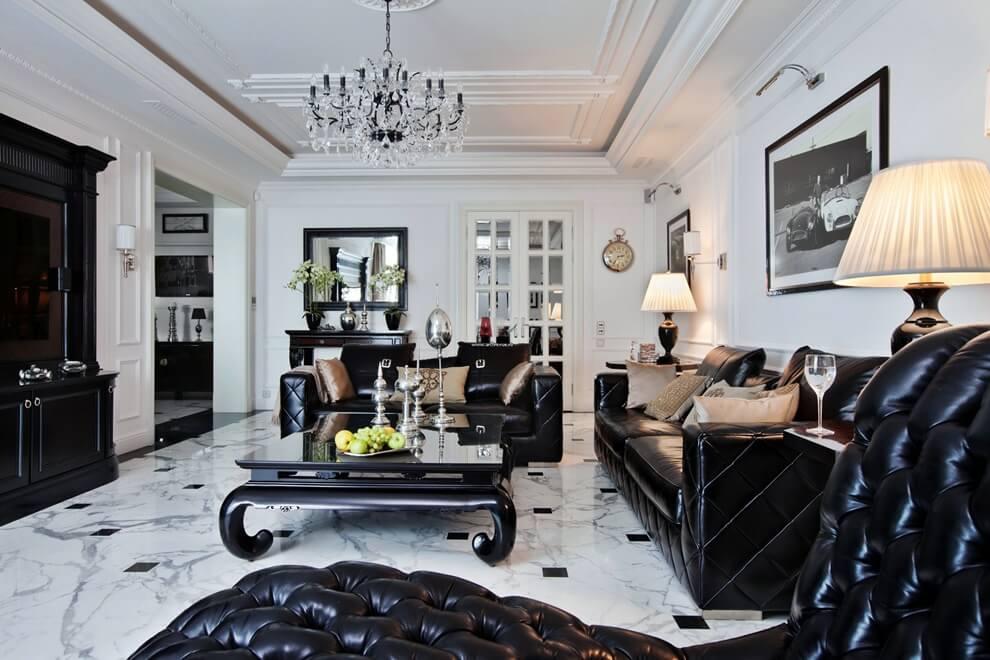Черная лакированная мягкая мебель
