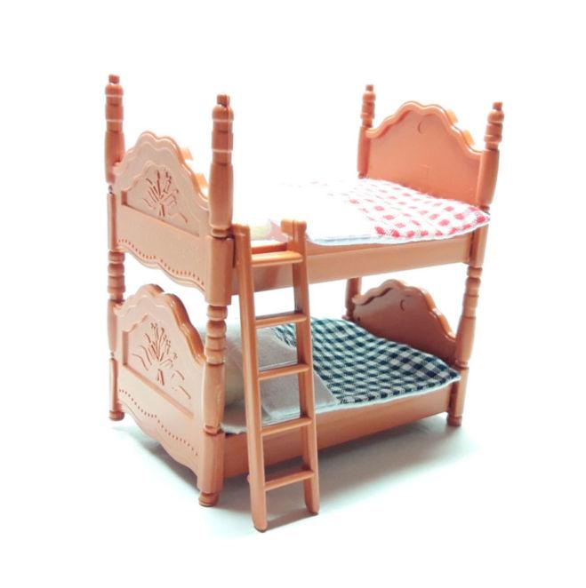 Деревянная игрушечная мебель