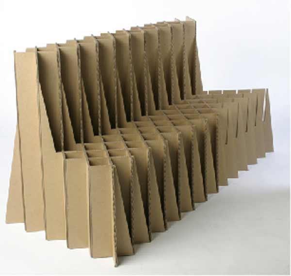 Диванчик на основе картона
