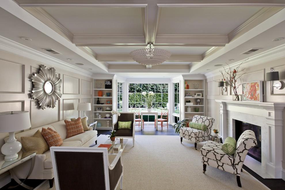 Дизайн белой просторной комнаты