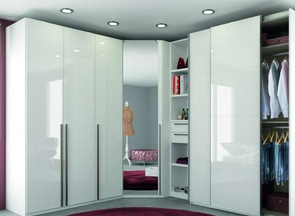 Для изготовления корпусов и дверей могут применяться как идентичные, так и разнородные материалы