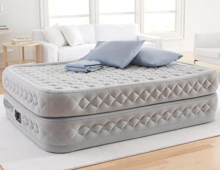 Духярусная кровать надувного типа