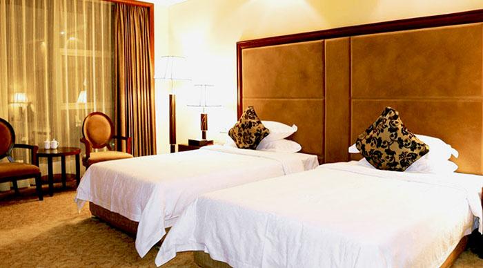 Две просторные кровати