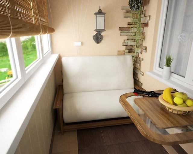 Двухместный красивый диван белого цвета