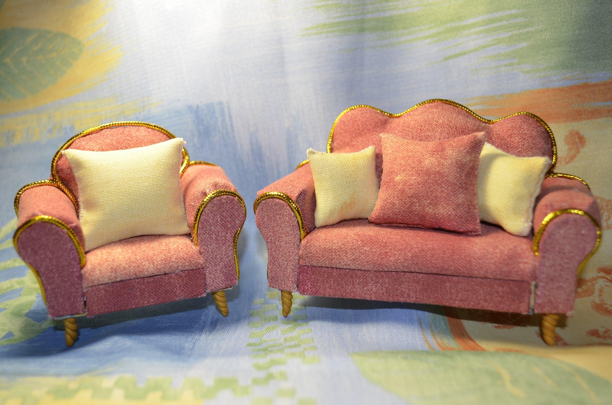 Глиняные диваны для кукол