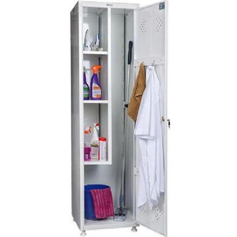 Хозяйственный шкаф