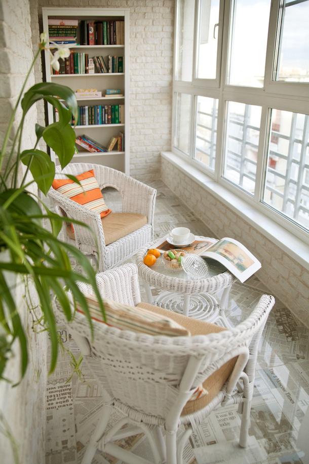 Идеи дизайна балкона с плетеной мебелью