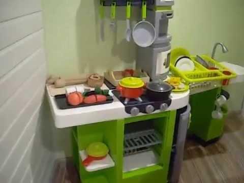 Игрушечная кухонная мебель