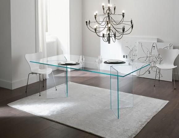 Интерьер со стеклянной мебели