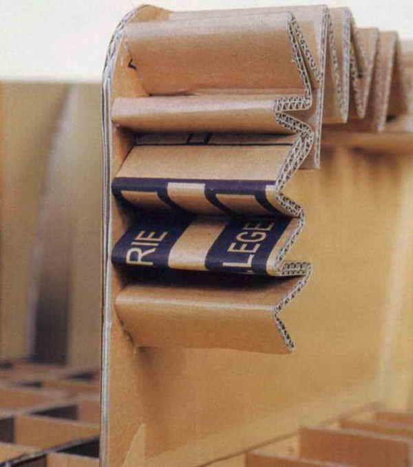 Использование старых коробок из-под мебели