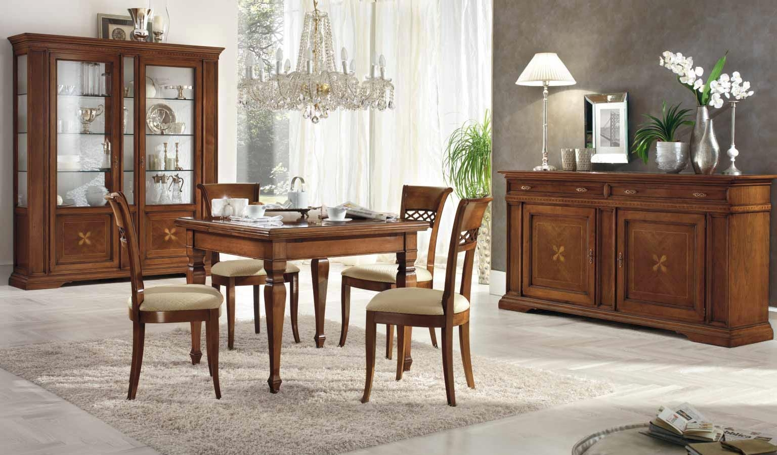 Как обустроить гостиную комнату практичной мебелью