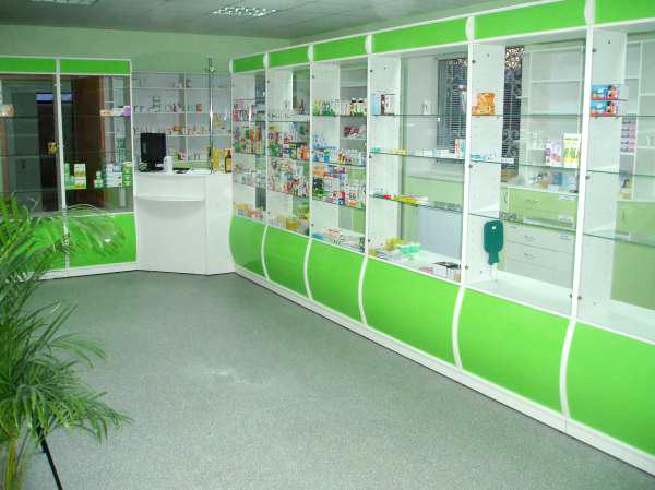 Как выбрать мебель для аптеки