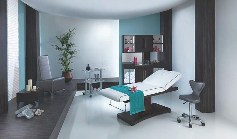 Какая мебель необходима для организации массажного салона