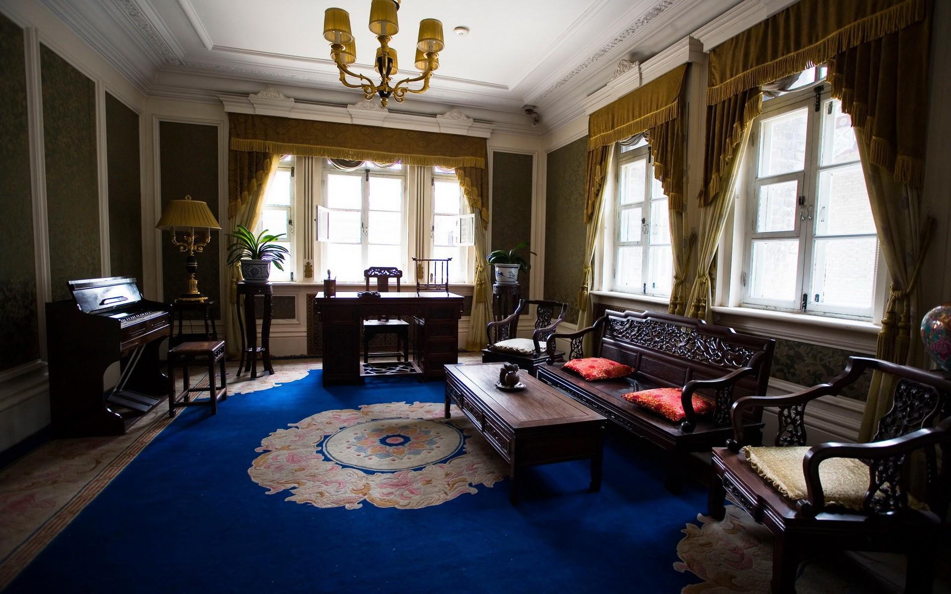 Комната с пианино