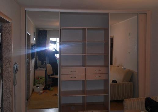 Корупсная мебель и ее перестановка
