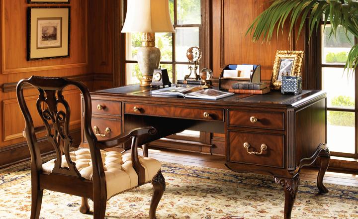 Красивая дизайнерская дорогая мебель для кабинета