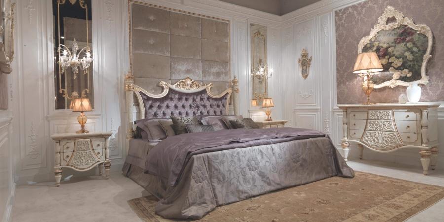 Кровать фиолетового цвета