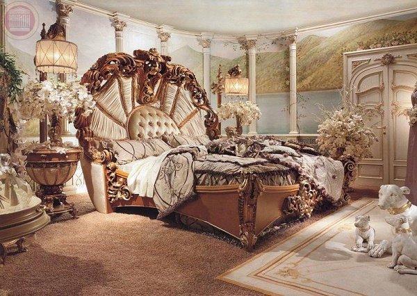 Кровать с оригинальным дизайном