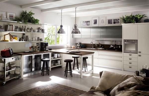 Кухня с хорошим освещением