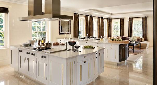 Кухня с оригинальными гарнитурами