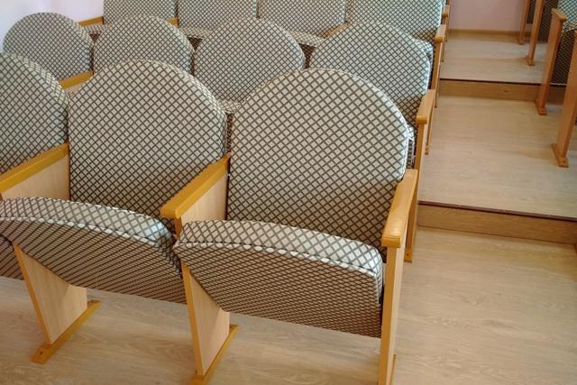 Мебель для актового зала школы