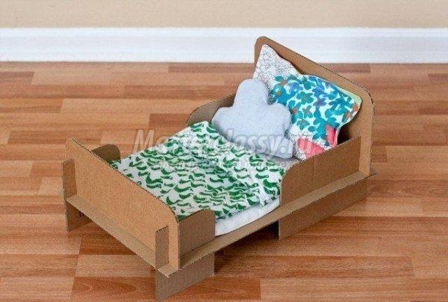 Мебель на основе картона для ребенка