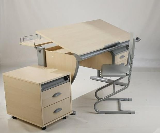 Многофункциональный письменный стол