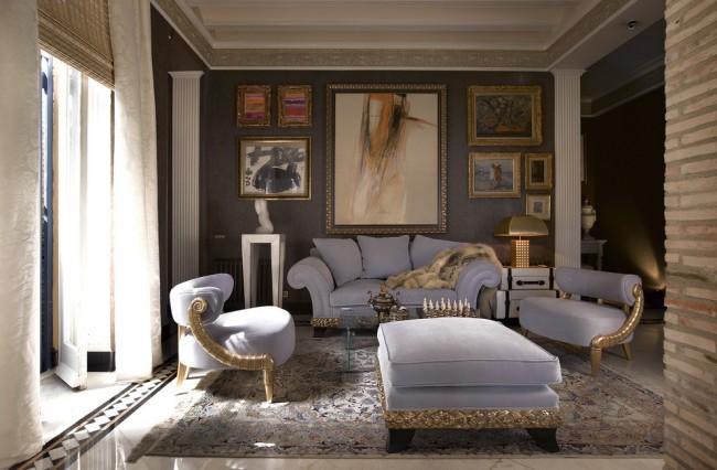 Мягкая мебель голубого цвета