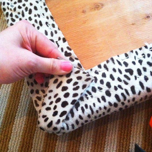 Обтягиваем тканью составные части мебели