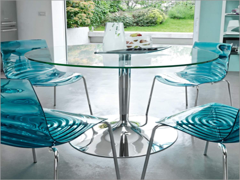 Оригинальные стулья для обеденной зоны