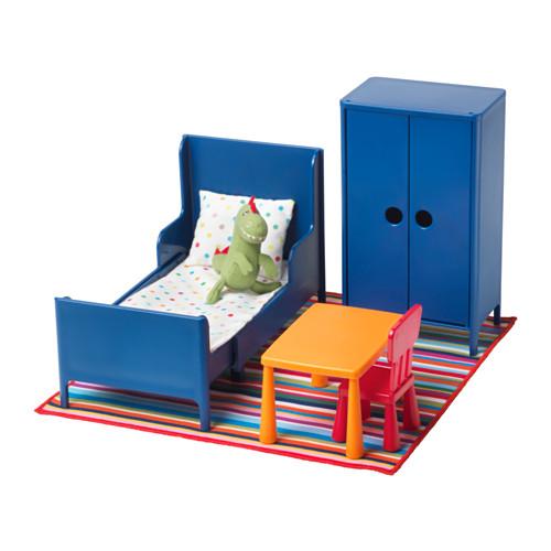 Пластиковая кукольная спальня