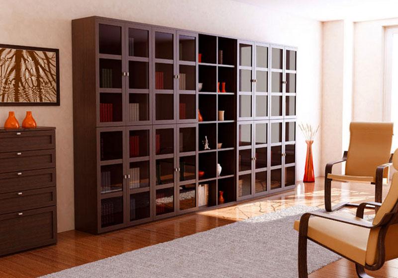 Просторный шкаф для гостиной комнаты