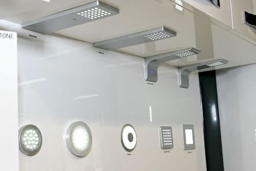 Разновидности мебельных светильников