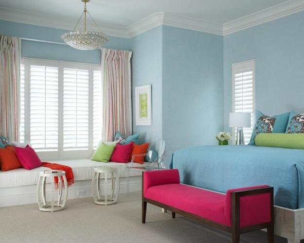 Розовая красивая мебель