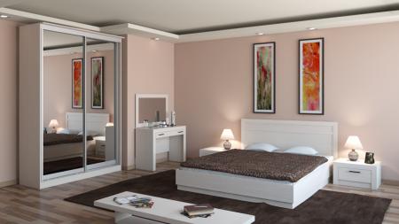Шкаф-купе является отличным решением в оборудовании спальни мебелью