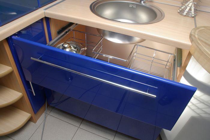 Шкаф под мойку на кухню