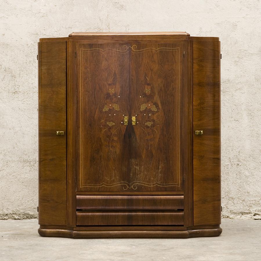 Шкаф в стиле Ар Деко