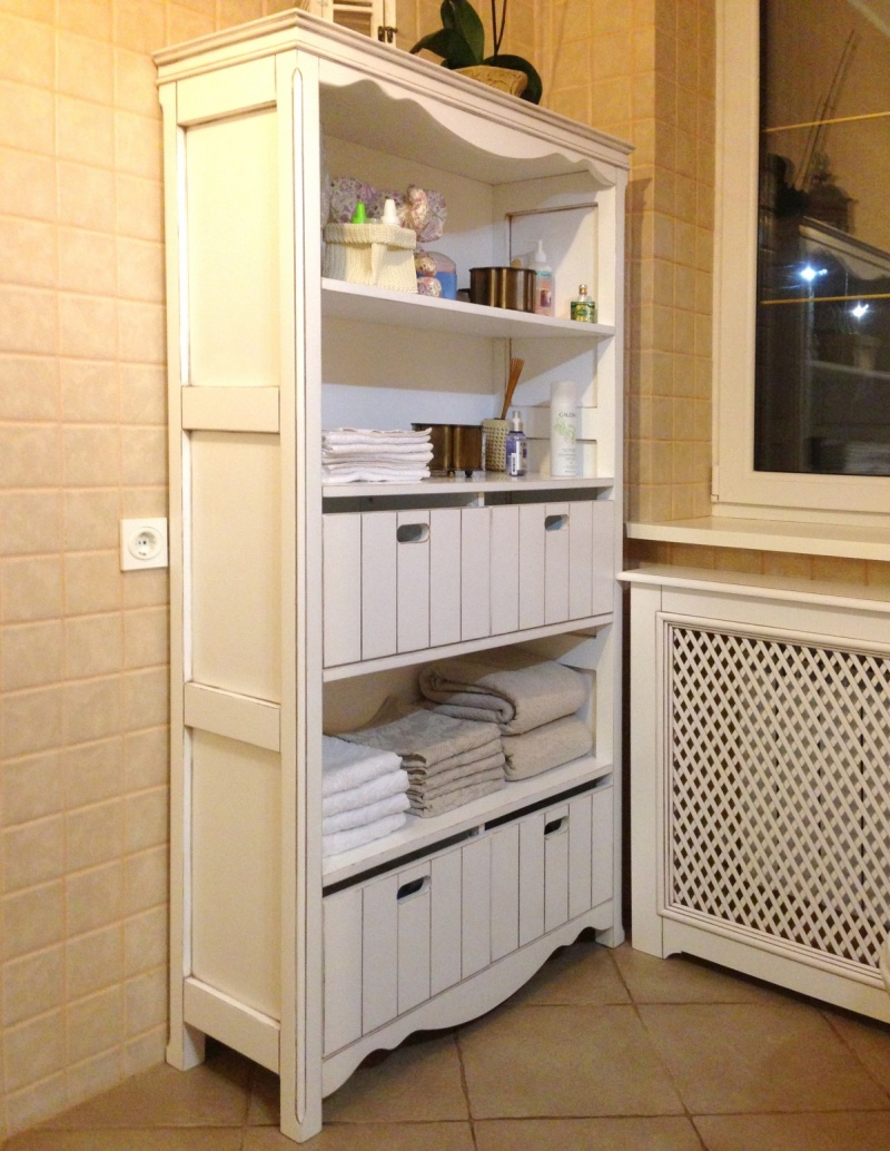 Шкаф в ванную комнату - прованс