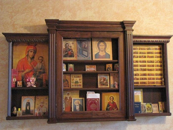 Шкафчик для икон