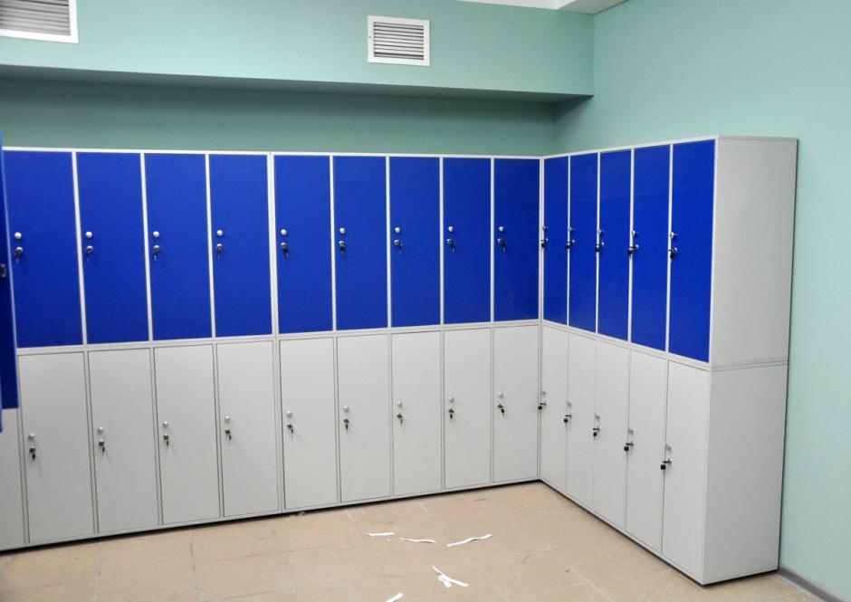 Шкафы в два ряда