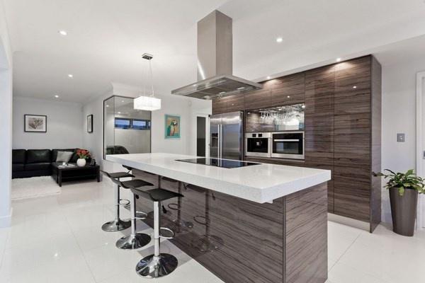 Серые тона интерьера на кухне