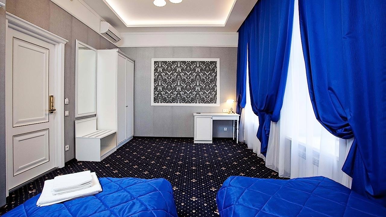 Синие нотки интерьера отеля